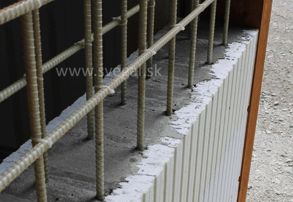 Betónovanie za pomoci kompozitných roxorov. Kompozitné výstuže zložené z epoxidovej živice a skleného vlákna.