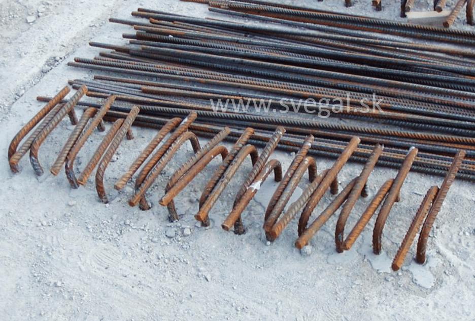 Upevňovanie roxorových tyčí chemickým kotvením, použitý materiál CHS-EPOXY 531.