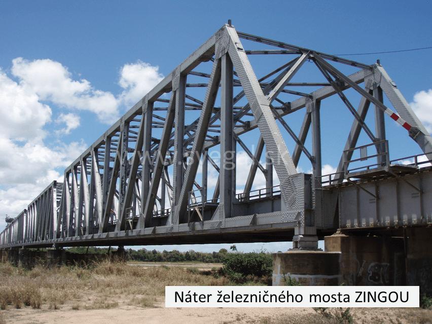 Aplikácia katodickej ochrany ZINGA na železničnom moste. Galvanizácia za studena, antikorózna ochrana.