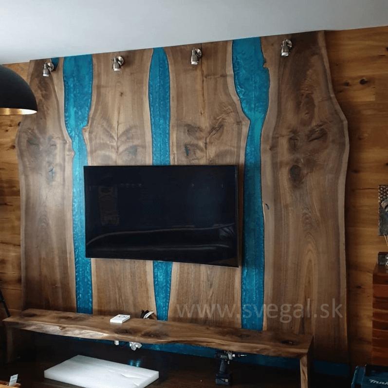 zalievací epoxid Art resin HARD - drevená stena